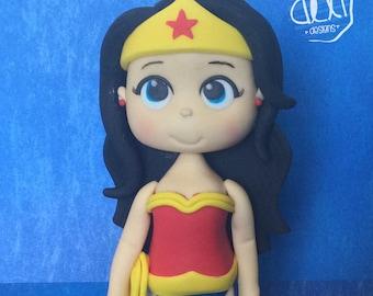 Edible Fondant Wonder Woman Cake Topper