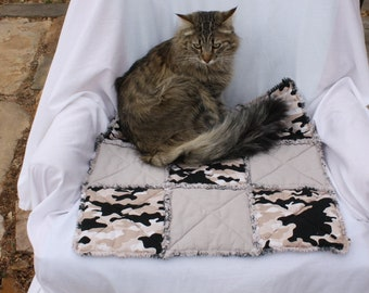 Cat Bed, Beds for Cats, Colorado Catnip Bed, Pet Bedding, Pet Blanket, Cat Quilt, Camo Cat Bed, Cat Accessories,Travel Pet Bed, Pet Supplies