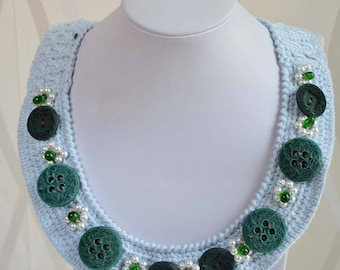 Vintage Handmade Sky blue Buttons  Necklace,Crochet Necklace Vintage with the button green.