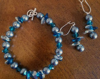 Teal and Silver Bracelet and Earring Set
