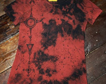 Hand dyed hand painted unique rust red black acid dye t-shirt size M