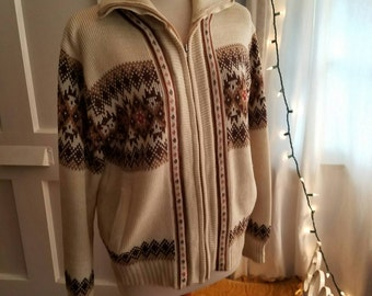 Free Domestic Shipping - 70s Soul Sweater in Medium. Originally a men's design, but perfect for today's woman.