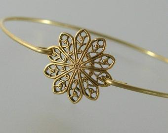 Gold Round Filigree Bangle Bracelet, Gold Bangle Bracelet, Gold Bracelet, Bridesmaid Jewelry, Bridesmaid Gift, Wedding Party (160G,)