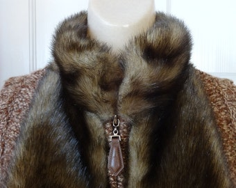 Knitted Vest Trimmed in Faux Fur