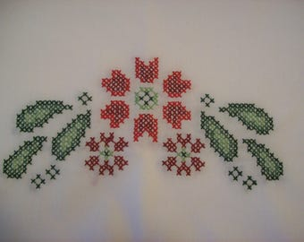 Poinsettia Table Runner, holiday, decoration, Christmas, gift