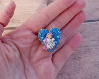 Mini doll brooch, tiny mini doll with lilac hair, floral collectable doll, wedding favors, best friend present, for romantic dress pin gift.