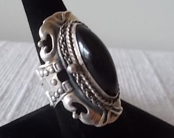 Big~Vintage~Sterling Silver~Poison Ring~Pill Box~Locket~Snuff~Ring~Onyx~Secret Compartment~925~Jewelry~Sz 10~Mens~Womens~Signed~16+gm.