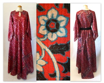 Vintage 70s Silk Boho Chic Dress M Flower Print Caftan with Angel Sleeves