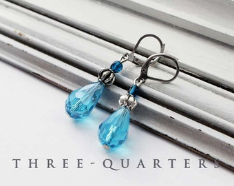 Earrings, drops, blue, turquoise, ice, winter, christmas, icicles, ice crystal, tear, rain, raindrop, Silver