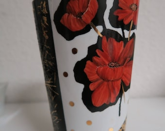 the hand painted porcelain vase decorated with beautiful poppies