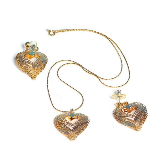 Filigree Heart Necklace Earring Set Gold Tone Post Earrings Vintage