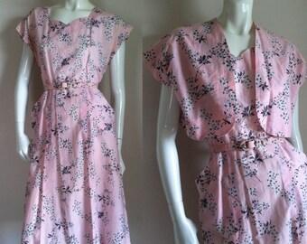 Vintage 1950s Pink & Gray Floral Print Cotton Dress