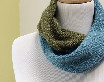 Wool Infinity Scarf. Alpaca Neckwarmer Women. Merino Circle Scarf. Knitted Loop Scarf. Gift for Her under 50. Gift for Mom.