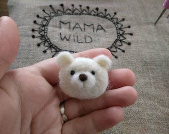 Felted wool polar bear brooch / polar bear brooch needlefelt