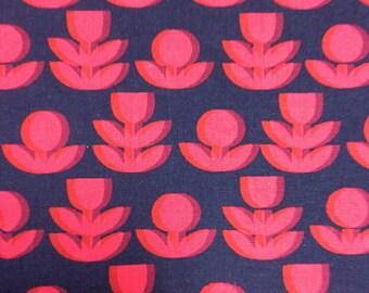 Ellen Baker Kokka Fabric - Japanese Linen Canvas - 50 cm Precut - Upholstery, Home Decor, Purse or Bag Making Fabric - Red Navy Tulip Fabric