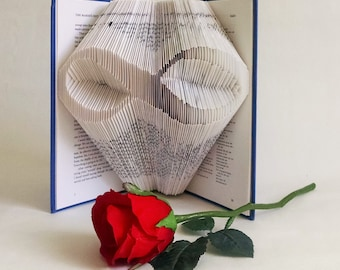 Folded Book Art Pattern - Infinity Sign Pattern and Instructions