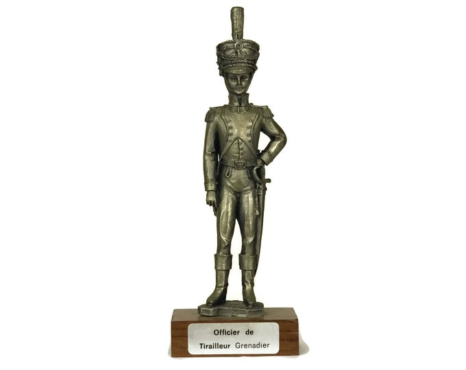 Military Model Pewter Soldier Figurine. French Etains du Prince. Collectible Vintage Figure of Grenadier Officer. Gifts For Him.