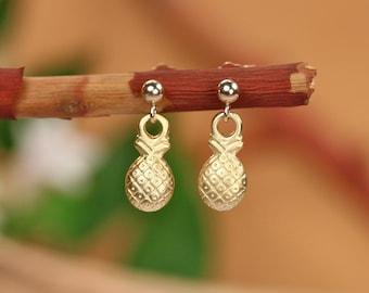 Gold pineapple earrings, pineapple stud earrings, tropical jewelry, fruit earrings, juicy pineapple studs, gold filled earrings
