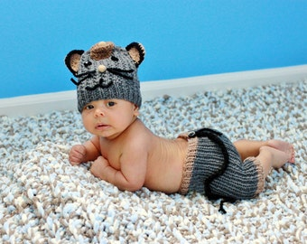 Baby Boy Photo Prop Outfit, Newborn Swt, Baby Knitwear,  Knit Infant Set, Crochet Mouse/ Rat Set, Fun Infant Costume, Newborn Knit Outfit
