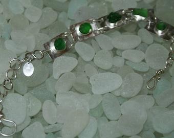 GREEN SEAGLASS & SILVER squares bracelet