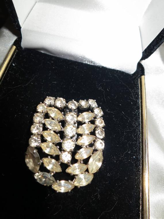 Gorgeous antique vintage 1940s Art Deco diamante glass dress clip or brooch