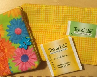 Fabric Four Pocket Tea Wallet - Bright Floral