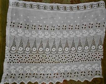 Victorian Stitched and Net Cherub Trim