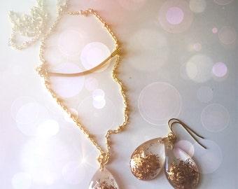 Golden- Resin Glitter Necklace & Earring Set- Date Night Jewelry