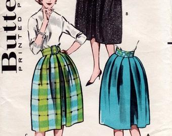 1960s Pleated Skirt with Shaped Waistline - Vintage Pattern Butterick 9042 - Waist 24 1/2