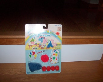 My Little Pony Vintage Pony Wear  MLP G1 SEALED Pretty as a Picture Outfit Ponies Ponys 1980's Clothing Accessories Megan