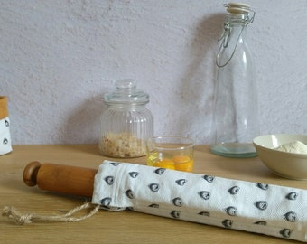 Rolling pin cover in fabric, rolling pin housing, rolling pin bag