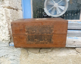 Vintage Antique 1890/1900s French Victorian wooden box  for LUBIN perfumes /vanity