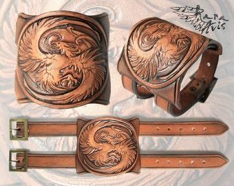 Leather cuff Phoenix