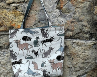 Printed cotton shoulder bag with angry cats