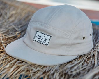 FraxBali Panel Cap in off-white