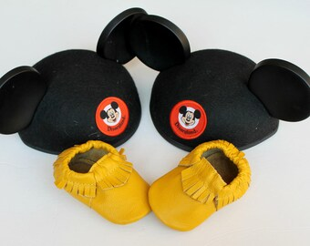 Yellow Baby Moccasins // Baby Moccasins // Baby Girl Shoe // Baby Boy Shoe // Toddler Mocassins // Baby Mocassin
