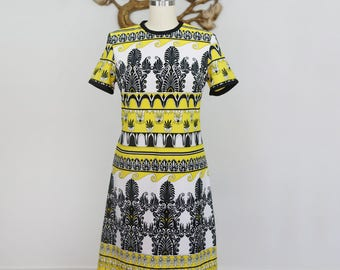 Vintage 1970's Lemon, Black and White Polyester Shift Dress