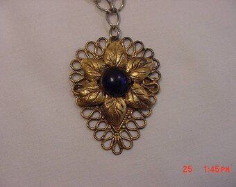 Vintage Filigree Gold Tone Metal Necklace With Flower Pendant  18 - 411