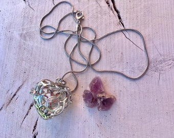 Hanging cage with Amethyst