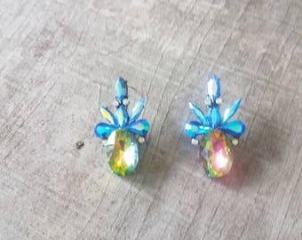 Pineapple stud earrings, Gold pineapple studs, Gold pineapple earrings, Pineapple earrings, Stud earrings, Gold stud earrings, Beach, Summer