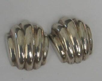 SALE Vintage Sterling Barra Shell Post  Earrings