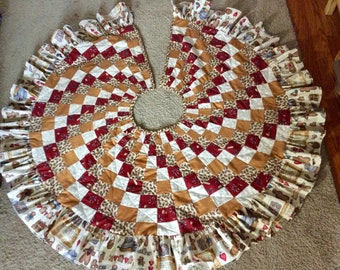 Gingerbread Man Christmas Tree Skirt