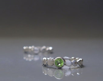 Sterling silver Peridot ring, Green stone ring, Stacking ring for her, Pebble ring