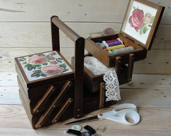 Wooden sewing box Sewing basket Sewing caddy Jewellery box Accordion sewing box Craft organizer Cantilever sewing box Thread box Needles box