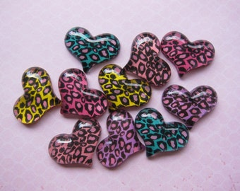 10 pcs Cheetah Heart Resin Cabochons Mixed Colors