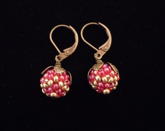 Peyote Earrings, Beaded Beads, Seed Beads, Gold, Berry, Beaded Earrings, Dangle, Glass, Earrings, Brass Earrings