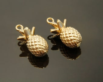 2 pieces, MARKDOWN, Pineapple charm, M7-G1, 16x8mm, Matte gold plated brass, Pineapple pendant