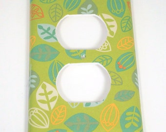 Outlet Plate Light Switch Cover Switchplate  in Green Leaves (279O)