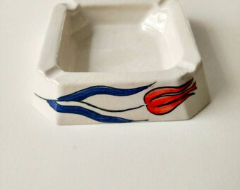 Ashtray with tulip design/cigar ashtray