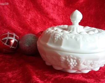 Vintage Westmoreland Glass Co. Heavy Paneled Grape Milk Glass Covered Dish
